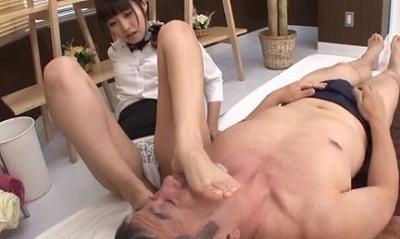 M男専門美脚マッサージ店 1