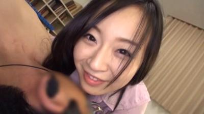 女子校生のささやき淫語手コキ 2 8