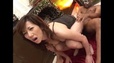 熟れた女体が悶絶・痙攣・仰け反る!!極太肉棒によだれを垂らしマジイキ絶頂SEX!! Vol.2 4