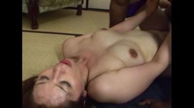 熟れた女体が悶絶・痙攣・仰け反る!!極太肉棒によだれを垂らしマジイキ絶頂SEX!! Vol.2 7