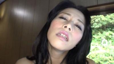 露出熟女倶楽部 井上綾子