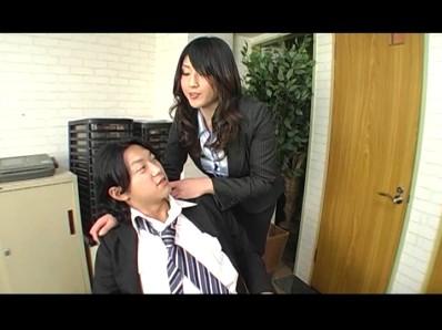 美人秘書 怒りのM男社員責め 4 百田栞 4