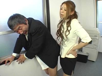 美人秘書 怒りのM男社員責め 5 成島りゅう 12