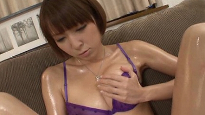浴びた女も感激する一撃!!大量顔射!!! 「興奮すれば、さらに良い汁が出るはずっ!!」と、お好みシチュエーションでのヌキを切望する《最低10日以上禁欲》した男たちが浴びせる、とっても大量で濃厚なS級発射ばかりのザーメンぶっかけ 2