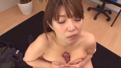 こんな女に挟射したい 谷間マ●コにそのまま中出し 葉月菜穂 12