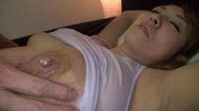 卑猥なほど肥大したお乳から滴り落ちるほど、あふれ出る母乳 森永オチチ 8