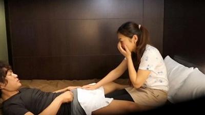 出張マッサージの美熟女にセンズリ見せつけ猥褻 12 7