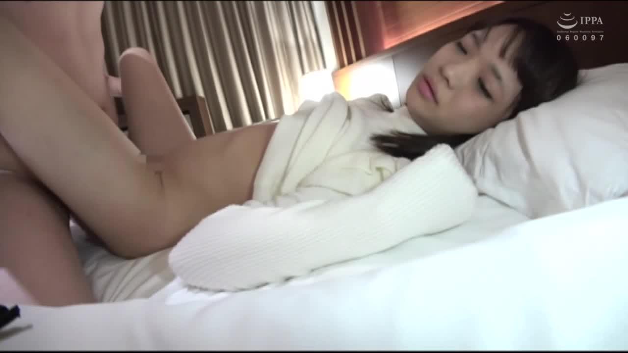 家出少女 ぺちゃぱい天国 ロリっ娘4時間 2