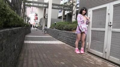 少女露出100% 有罪判決 (秘)発禁DVD 4時間DX 2