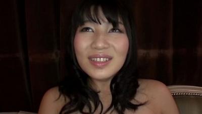 ガチナンパin新宿!センズリ見せつけられてその気になっちゃうドスケベな素人娘たち vol.4 6