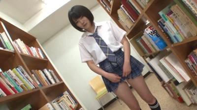 大胆パンチラ番外編 スカートの中に潜り込みたい!