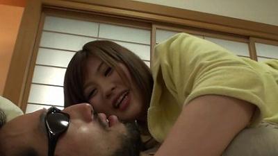 飯○直子似のお姉さんの濡れたベロでの顔舐め 2