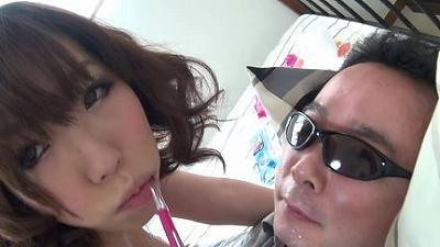 【リクエスト版】区民会館で働く奥さんの母乳と唾で顔がテカテカになりました 1