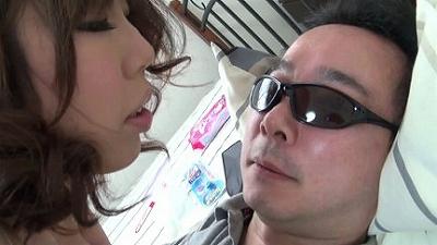 【リクエスト版】区民会館で働く奥さんの母乳と唾で顔がテカテカになりました 2