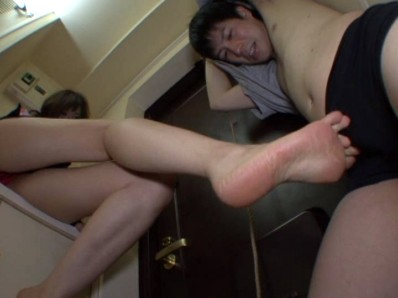 美脚ビッチの脚フェチブチ切れ折檻 桐谷あや 8