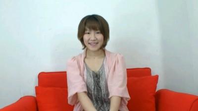 アユミ 22歳 猫カフェ店員