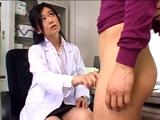 女医診察チンポ