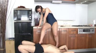 性的倒錯脚コキ 〜卑猥な脚フェティシズム〜 9