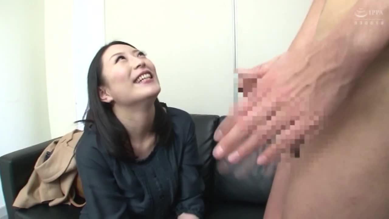 素人女性アルバイト ザーメンごっくんフェラチオ 精飲初体験17名...thumbnai6