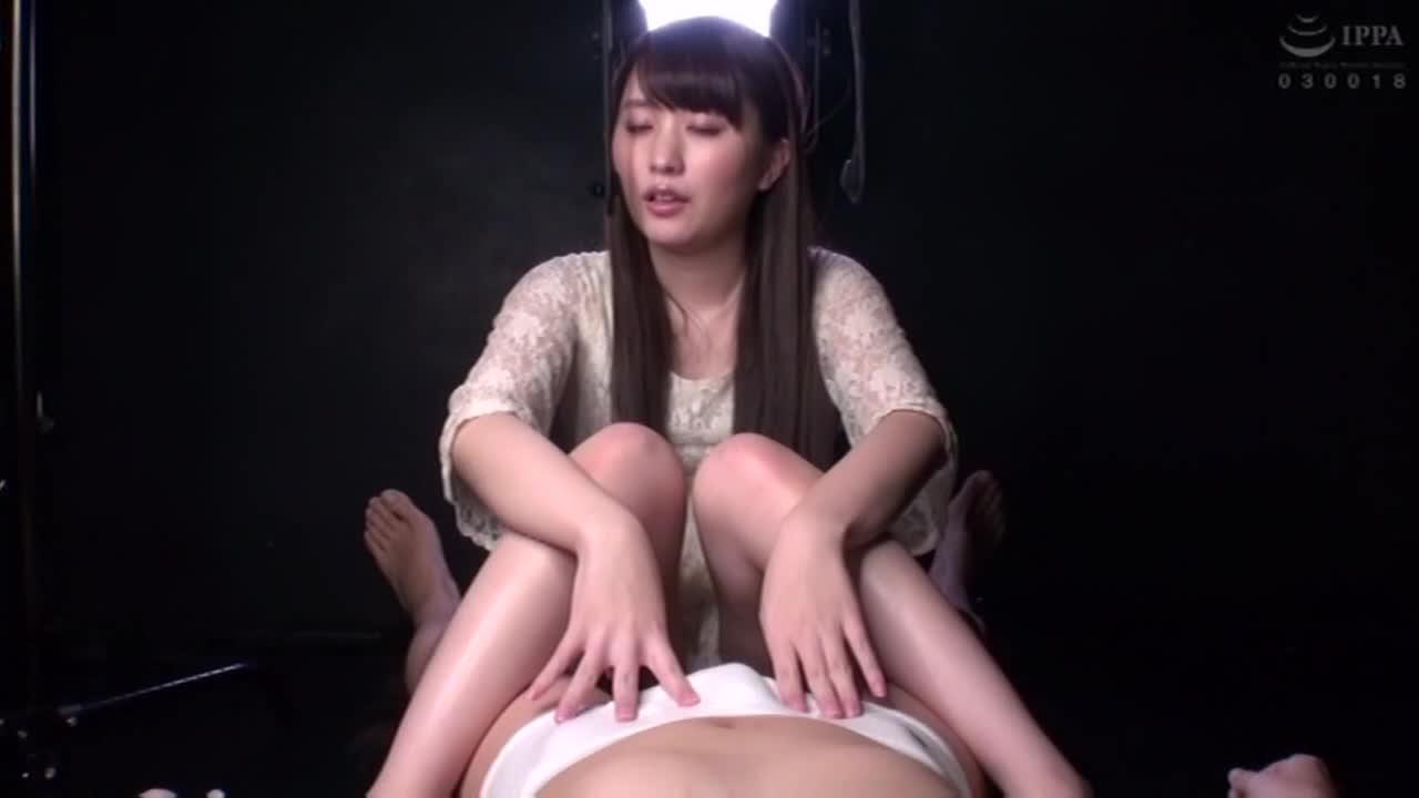 完全主観 Mな貴方にささやくバイノーラル淫語手コキ...thumbnai5