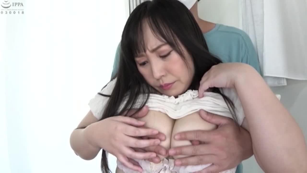 恥じらう素人娘たちの生おっぱいモミまくり!! 1...thumbnai7