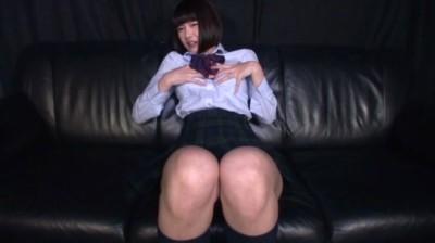 女子校生がセックスを妄想しながらバイノーラルオナニー...thumbnai1