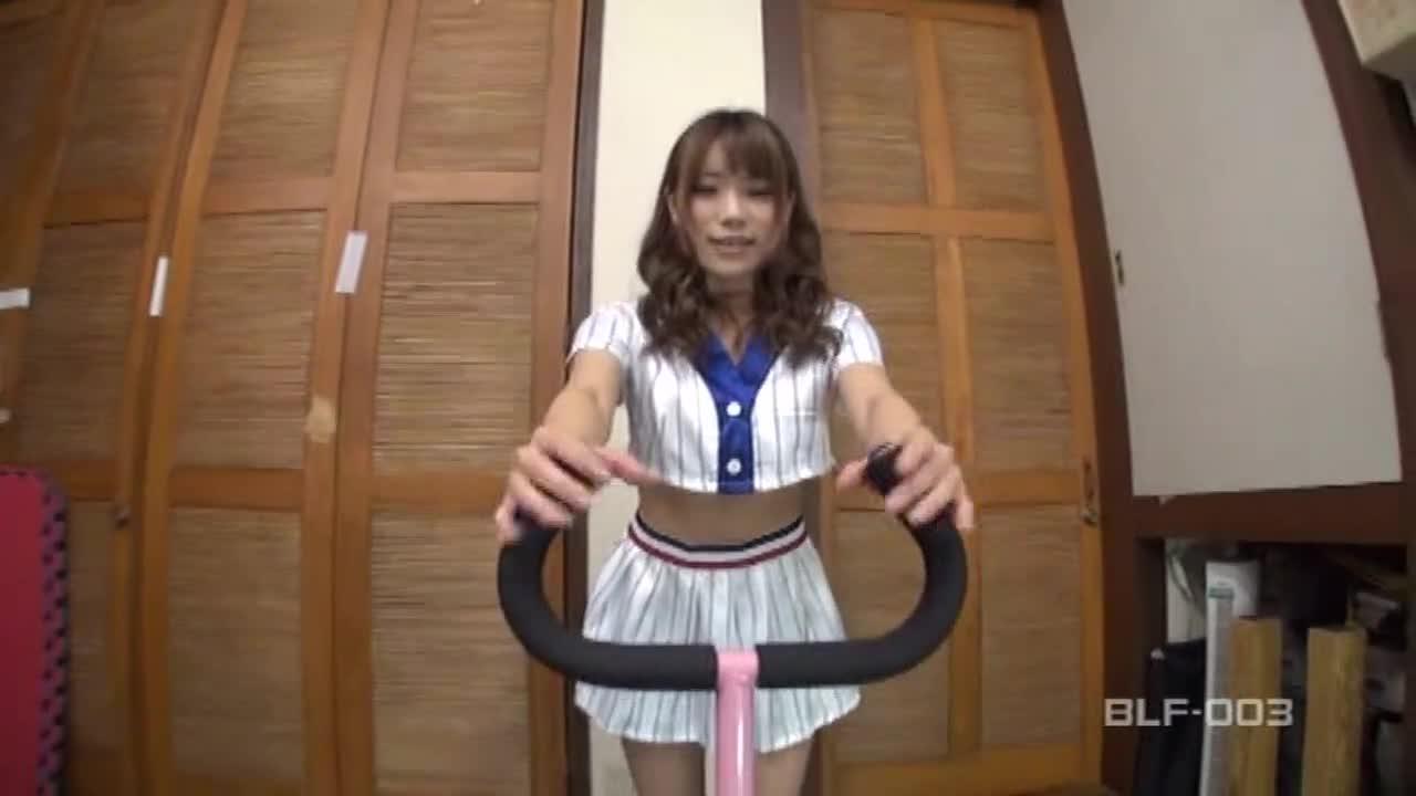 美少女レイヤー「神7」 萌え萌えパンティゲットせよ! Vol.3...thumbnai1