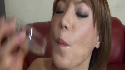 天才痴女!3 天然精飲狂いの女...thumbnai11