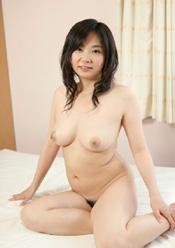 チンポ狂い 中出し若妻 ちかげ(31)