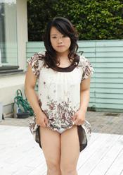 巨乳チンポ狂い 中出し若妻 薫(31)