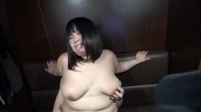 デブぽちゃ顔カワイイゆず1 メイドの鼻クソほじり編...thumbnai9
