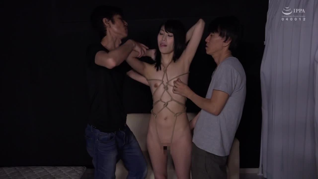「いじめてください…」みんなのオカズにされたいド貧乳でド変態のドM少女...thumbnai3