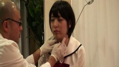 田舎で営業している胡散臭い泌尿器科で働くロリコン鬼畜医師が無知な女子校生に行っていた猥褻行為の一部始終...thumbnai10