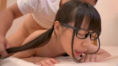 小学校時代、授業中にオナニーをしていた関西弁のむっつりメガネっ娘 舞園さん20歳...thumbnai13
