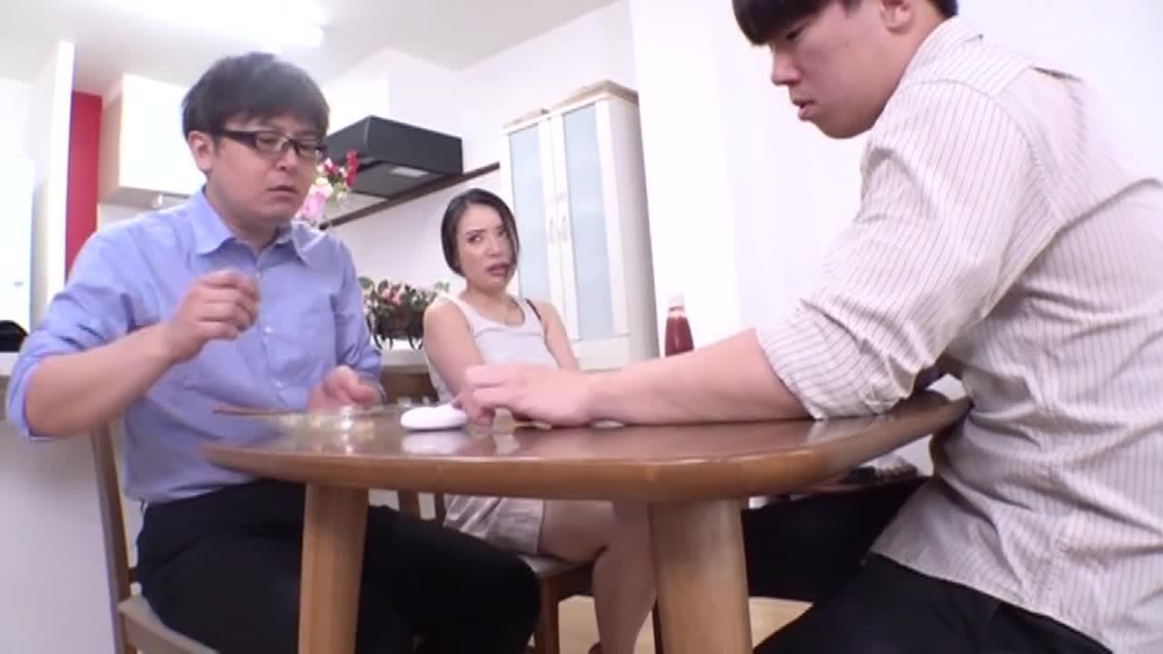 夫の連れ子と不埒な契り 瀬崎彩音...thumbnai9