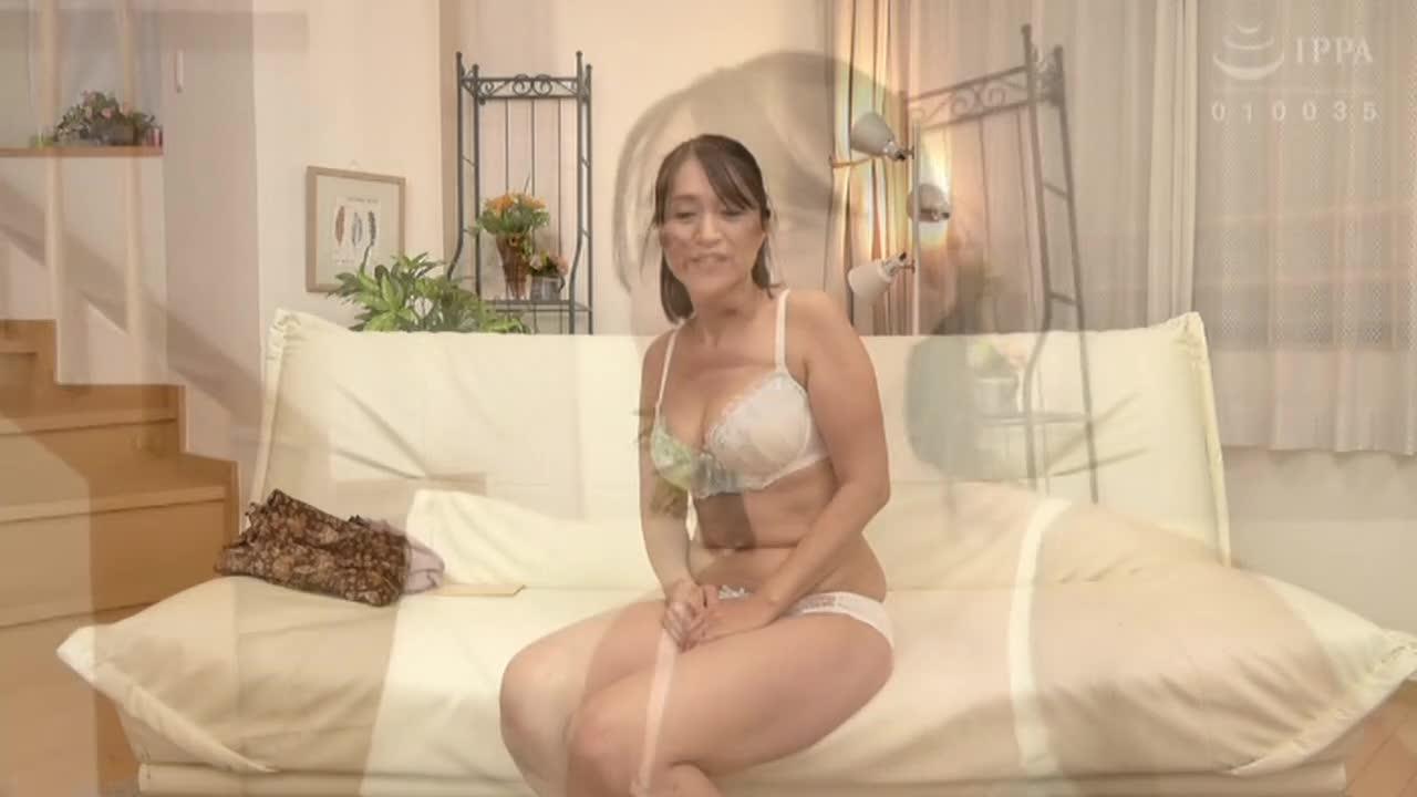 ヌード撮影だけのはずが・・・おとなしく地味な五十路どマゾ主婦 しおりさん52歳...thumbnai6