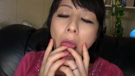 スケベ熟女愛液べっちょり指ずぼオナニー 3...thumbnai9