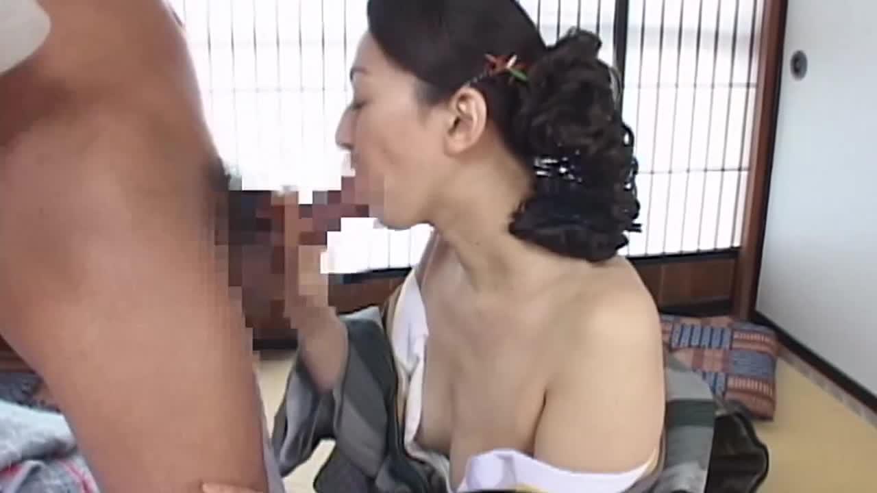 淫行熟女 色情に狂う人妻12人4時間「こんなに濡れてしまう私を許して…」...thumbnai12