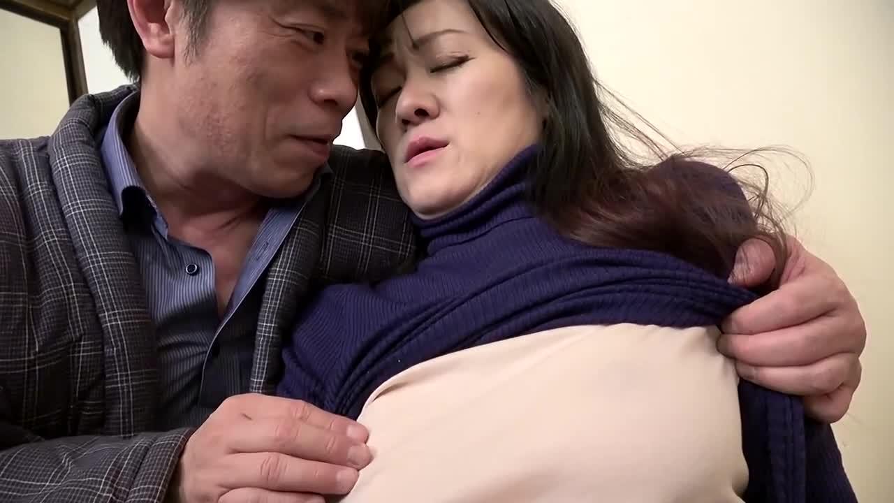 アテナ映像ドラマスペシャル 夫以外の男に抱かれ悶え乱れる昭和の熟妻6人4時間...thumbnai11