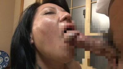 近親相姦 豊満な母さんに甘えたい 江島えみこ50歳...thumbnai6