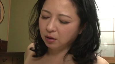 夫の連れ子に犯される義母 / 倉本雪音 42歳...thumbnai11