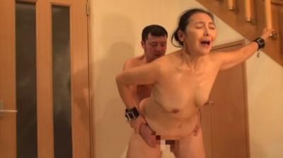 となりの豊満奥さん / 松岡瑠実 50歳...thumbnai15