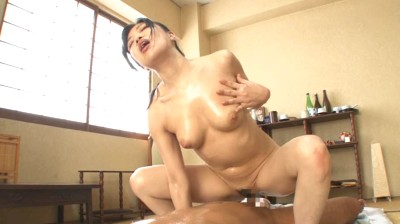 凄指技のオイルの女神 2 上野菜穂...thumbnai8
