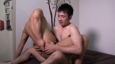 男は無理っ!と断っていた元柔道73kg級、好青年モデルが初タチに挑戦。...thumbnai9