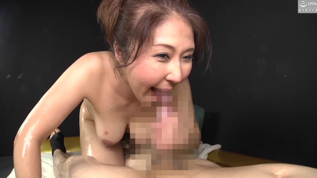 豊満ボディーの人妻と極上ローションプレイ...thumbnai4