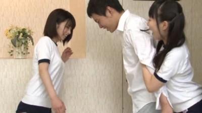 キン○マに興味を持ちはじめた女子校生の金蹴り練習...thumbnai3