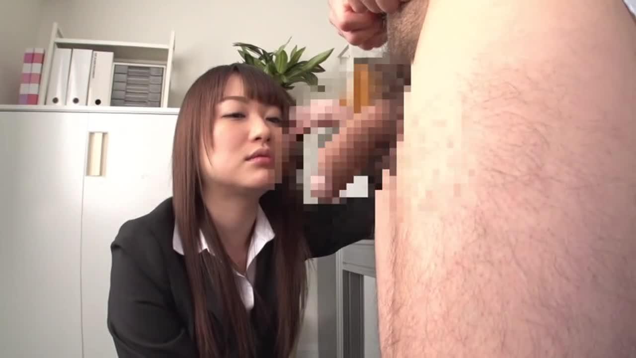 美人上司の性玩具にされ、何度も射精させられた。...thumbnai2