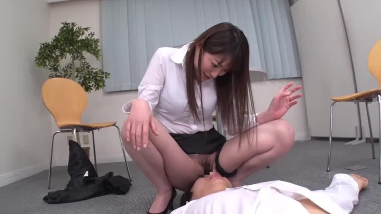 美人上司の性玩具にされ、何度も射精させられた。...thumbnai9