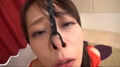 ぶっかけ熟女鼻フック 許しを請う女の声は逆に責め苦の火に油を注ぐ...thumbnai1