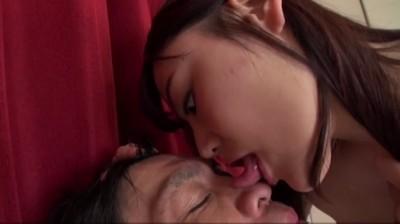 強制唾液天国 5 唾吐き無限屈辱M男の快楽...thumbnai5